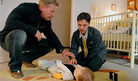 "Kritik an ""Tatort""-Szene mit totem Baby (Bild: AP Photo/HR, Degeto, Bettina Mueller)"