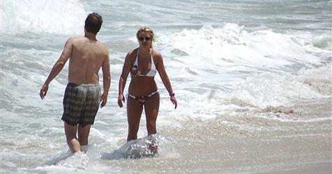 Britney mit Top-Figur und neuem Lover
