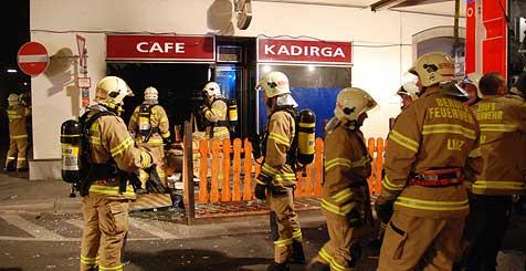 Brandbombe in Linzer Café gezündet (Bild: Kerschbaummayr)
