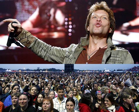 Bon Jovi vor 50.000 Fans in Ebreichsdorf (Bild: APA/Herbert P. Oczeret)