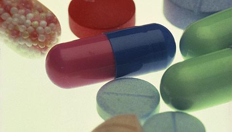 Medikamente wirken ähnlich bei Mann und Frau (Bild: © [2008] JupiterImages Corporation)