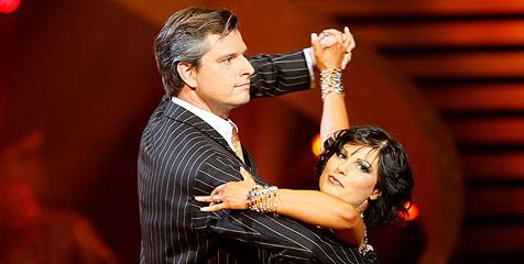 Steidl & Kuntner tanzen beim Dance Contest (Bild: ORF/Milenko Badzic)