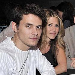 Jennifer Aniston turtelt öffentlich mit John Mayer
