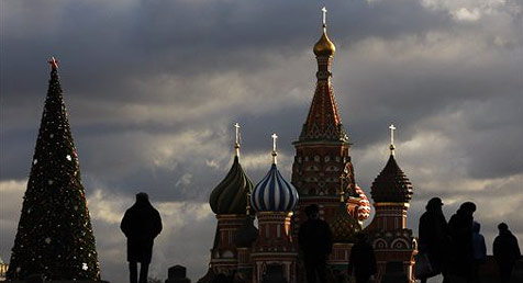 Russische Armee lässt es Zementsäcke regnen