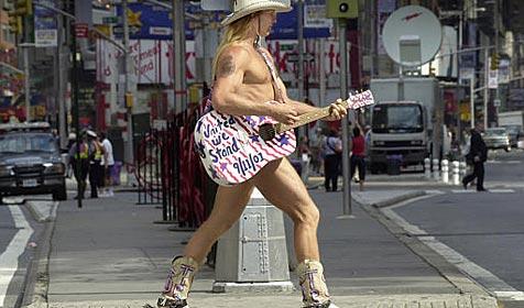 New Yorks nackter Cowboy streitet mit nacktem Cowgirl
