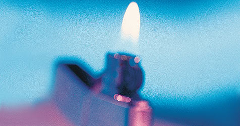 14-Jährige legen Feuer in Baucontainer (Bild: (c) [2008] JupiterImages Corporation)