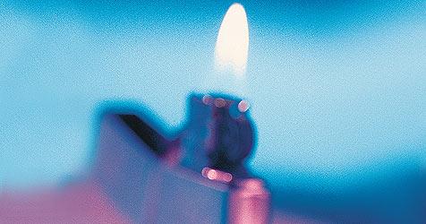 Zwölfjähriger Zündler erleidet Verbrennungen (Bild: (c) [2008] JupiterImages Corporation)