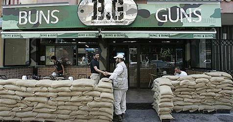Fast-Food-Lokal in Beirut setzt auf Kriegsthema