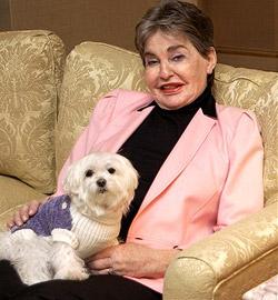 Frau vermacht Hunden bis zu 8 Milliarden Dollar