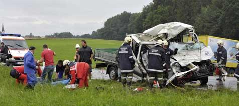 Fronal-Unfall forderte nun zweiten Toten! (Bild: ooe Fesl)