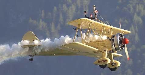 """Fliegende Akrobaten bei """"Scalaria Air Challenge"""" (Bild: Klemens Fellner)"""