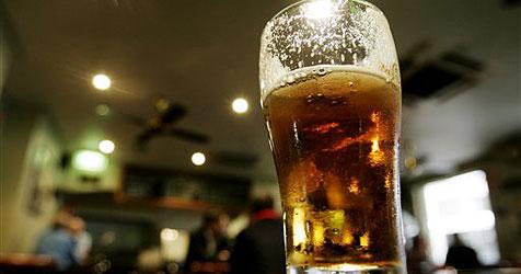 Australier gab monatlich 2.500 Euro für Bier aus