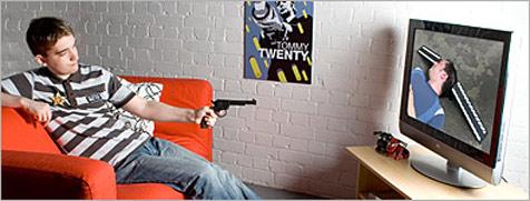 Spielzeugpistole als TV-Fernbedienung