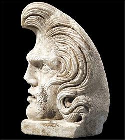 """1.900 Jahre alte """"Elvis""""-Büste aufgetaucht (Bild: ap)"""