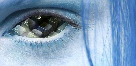 Intel sieht Mensch und Technik verschmelzen (Bild: (c) [2008] JupiterImages Corporation)