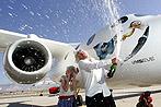 Flugzeug für Weltraumtouristen präsentiert