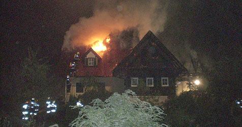 Haus von Hannes Kartnigs Ex-Frau abgebrannt (Bild: Feuerwehr)
