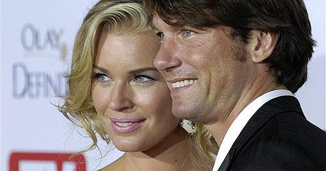 Rebecca Romijn erwartet Zwillinge