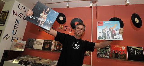 30.000  Tonträger in Linzer ¿Vinyl Corner¿ (Bild: Hannes Markovsky)