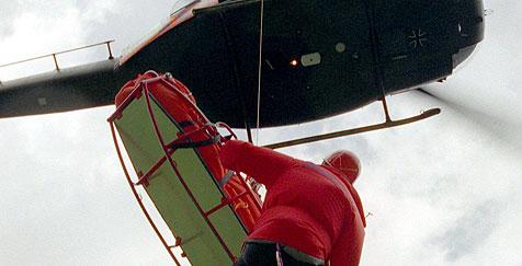 37-Jährige stürzt zehn Meter über Felswand (Bild: dpa/dpaweb/dpa/Stephan Jansen)