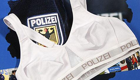 Deutsche Polizei führt spezielle Einsatz-BHs ein (Bild: dpa/Bundespolizei/A9999 Db Bundespolizei)