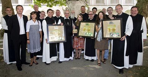 Doppelplatin für Heiligenkreuzer Mönche (Bild: Universal Music Austria)