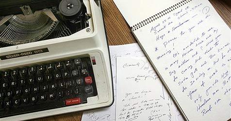 Schreibmaschine von Mafiaclan führt Polizei zu Versteck (Bild: ap)