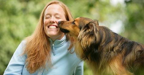 """Wie """"redet"""" mein Hund? (Bild: Foto: Fressnapf/Ulrike Schanz)"""
