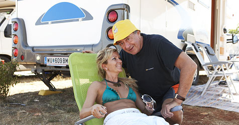 Lugner und seine Bettina getrennt (Bild: ATV/Kainerstorfer)