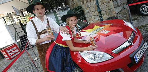 Almdudler lädt ein ins Weindorf (Bild: Chris Koller)