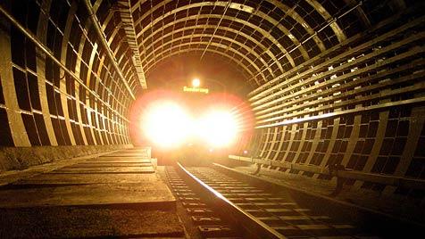 Tschechoslowakei plante Tunnel unter Österreich (Bild: APA/ANDREAS TROESCHER)