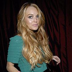 Lindsay Lohan beschimpft ihren Vater im Internet