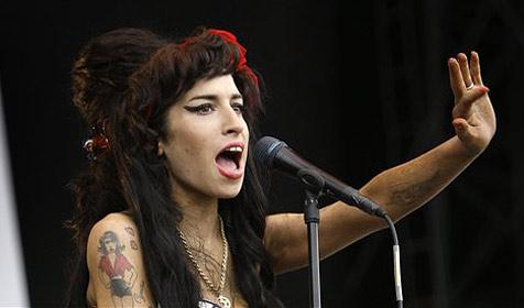 Was Amy so alles an Drogen zu sich nimmt