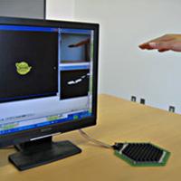 Ultraschall macht virtuelle Objekte fühlbar (Bild: University of Tokyo/Iwamoto et al.)