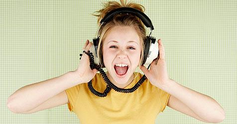 EU fordert Maßnahmen gegen zu laute MP3-Player (Bild: © [2008] JupiterImages Corporation)