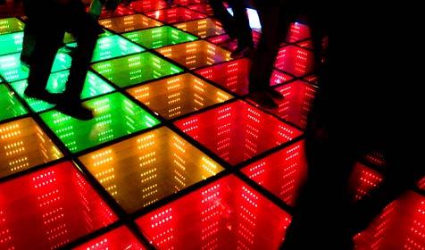 Erste Öko-Disco der Welt in Rotterdam eröffnet (Bild: AP)