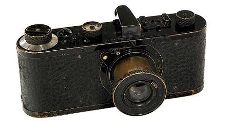 Deutscher gibt Kamera nach 66 Jahren zurück (Bild: ap)