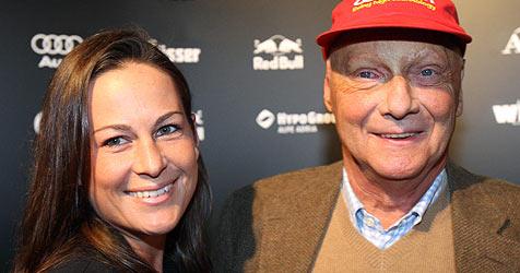 Ein Bub und ein Mädchen für Niki Lauda und Birgit (Bild: APA/Georg Hochmuth)