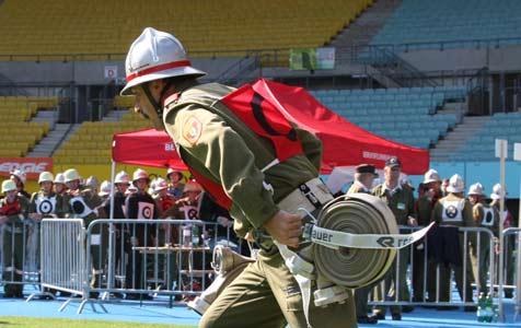 Feuerwehren aus OÖ räumen Gold und Silber ab (Bild: Klemens Kroh)