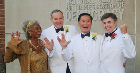 """""""Mr. Sulu"""" George Takei heiratet Lebensgefährten"""