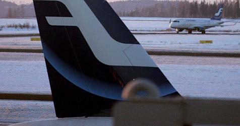 Schwedin bringt in Flugzeug Tochter zur Welt