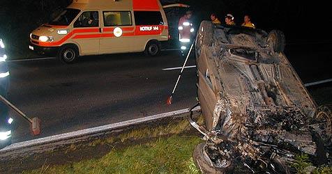 Wieder zwei Tote auf Oberösterreichs Straßen (Bild: FF Bad Ischl)