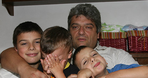 Witwer und Vierfachvater findet Zeit zum Trauern (Bild: Horst Einöder)