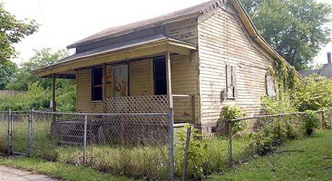 Amerikanerin kauft sich um 1,75 Dollar ein Haus (Bild: AP)