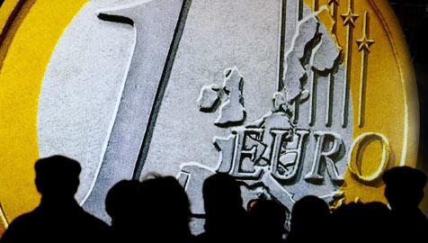 """Unternehmer sind optimistisch: """"2010 geht es aufwärts!"""" (Bild: dpa/dpaweb/dpa/Boris Roessler)"""