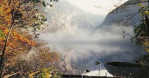 """Der geheimnisvolle Toplitzsee wird nun """"versteigert"""" (Bild: Krone)"""