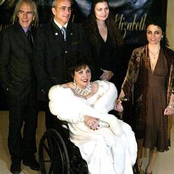 Sorge um Hollywood-Ikone Elizabeth Taylor