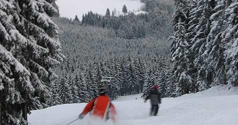 Zu viel Schnee, zu wenig Sonne in OÖ-Skigebiete (Bild: Kronen Zeitung/Christoph Gantner)