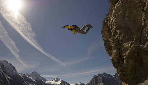 Basejumper (29) in Drachenwand verunglückt (Bild: Thomas Ulrich/Red Bull Photofiles/Bergfilmfestival)