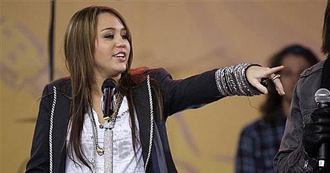Hacker lässt Miley Cyrus sterben